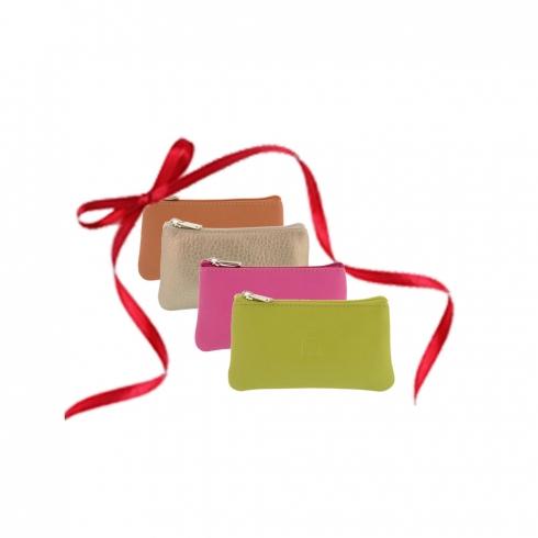 http://cache2.paulaalonso.es/3279-73710-thickbox/monedero-y-llavero-en-piel-color-verde.jpg
