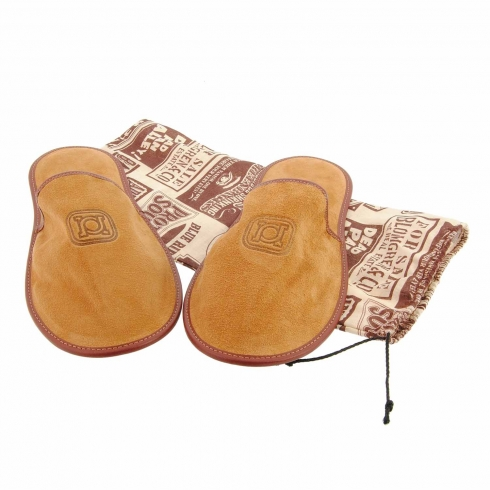 http://cache1.paulaalonso.es/5254-64350-thickbox/zapatillas-de-viaje-con-funda-piel-serraje.jpg