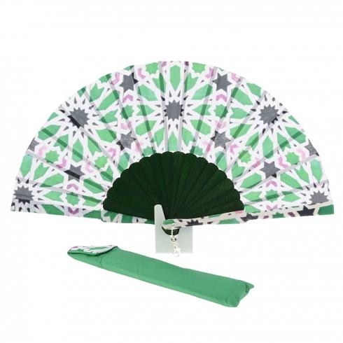 https://cache.paulaalonso.es/10749-106971-thickbox/abanico-verde-batik-estampado-multicolor.jpg