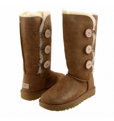 https://cache2.paulaalonso.es/7654-76893-thickbox_default/botas-1016227-bailey-button-triplet-ii-ugg.jpg